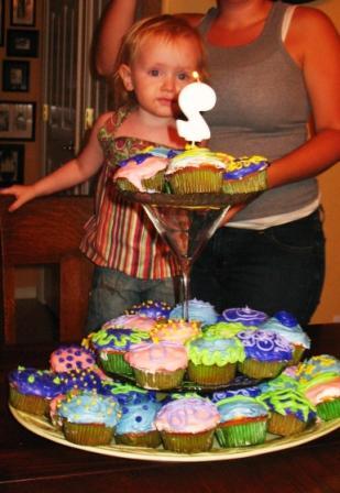 guini-cupcakes-2-7-07.jpg