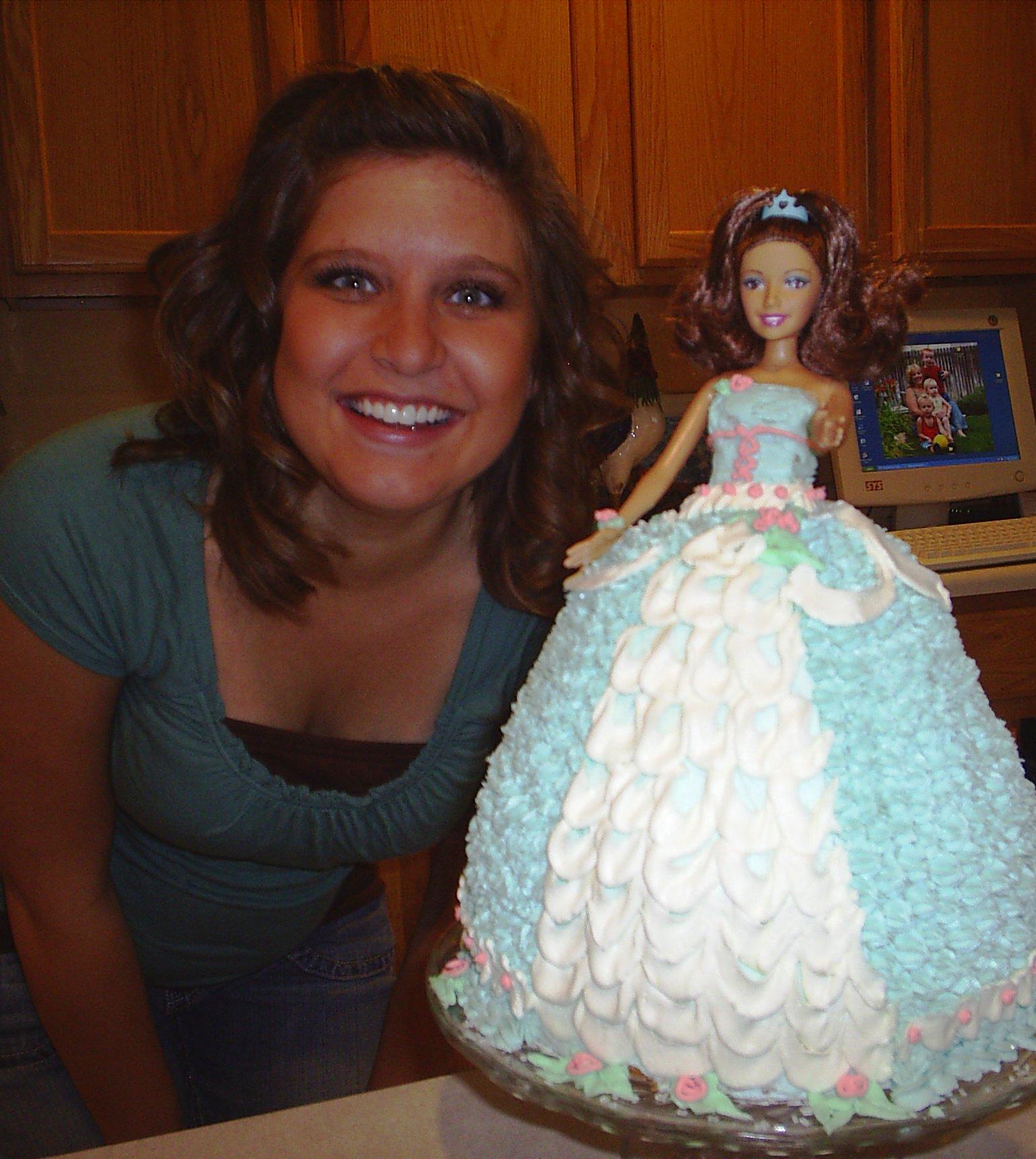 barbie-cake-12.JPG jeanierhoadesdotcom